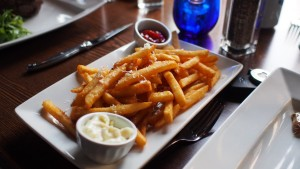 Parmesan Truffle Fries w/ Garlic Aioli at Modern Steak