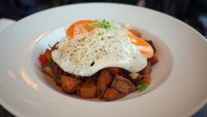 Short Rib Hash at The Bro'kin Yolk